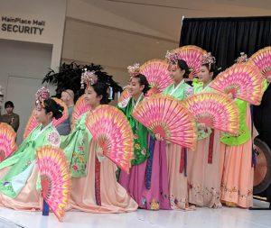 Fan Dance - Main Place Mall in Santa Ana