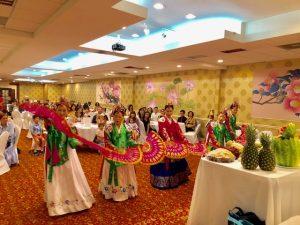Fan Dance ( Yenna Pilkington, Aesook Cho, Julia Kim, Jungja Favalessa & Audrey Park