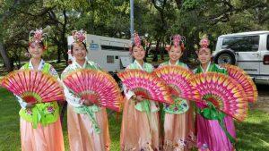 Fan Dance team(Angela Kwon, left, Yevin Lee, Janice Ha, Sarah Jung & Ellen Han)