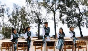 Yoo Hiza Ryoo Nanta(Jungja Favalessa, Terra Lee, Joshua Keck, Lesley Kim & Alicia Kay)